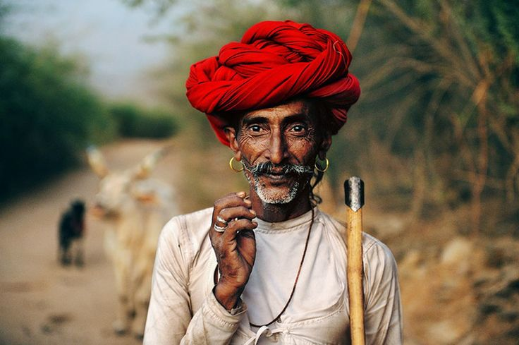 Rhabari Shepherd in Rajasthan, India 2009 taken by Chris Beetles.